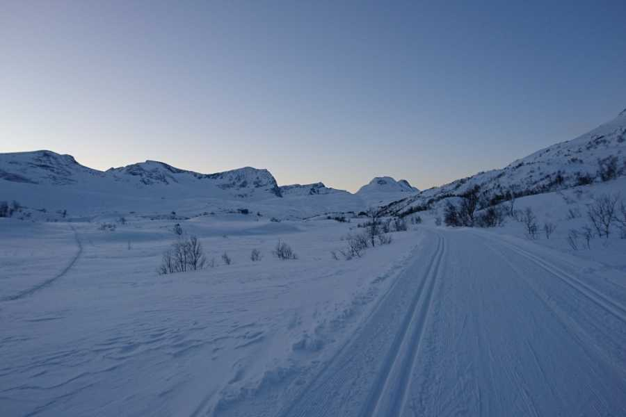 Contrast Adventure Norway Cross-country skiing in Trollheimen
