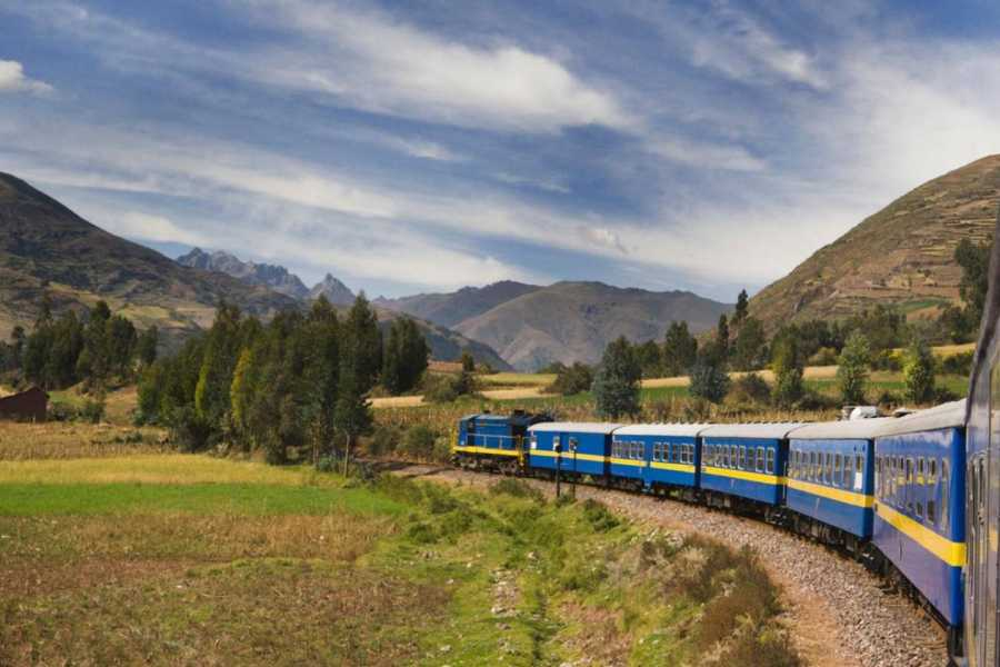 Conde Travel Tours to Machu Picchu by Train - 2 Days