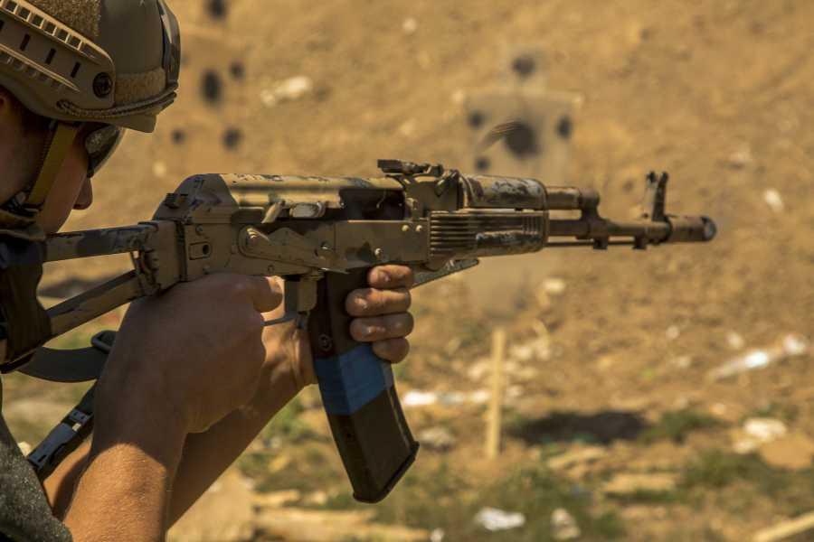 Turistico s.r.o. Tiro con Kalashnikov