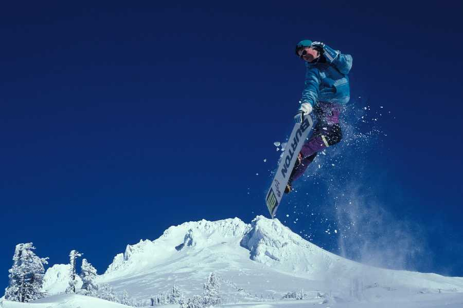 Turistico s.r.o. Ski and snowboard