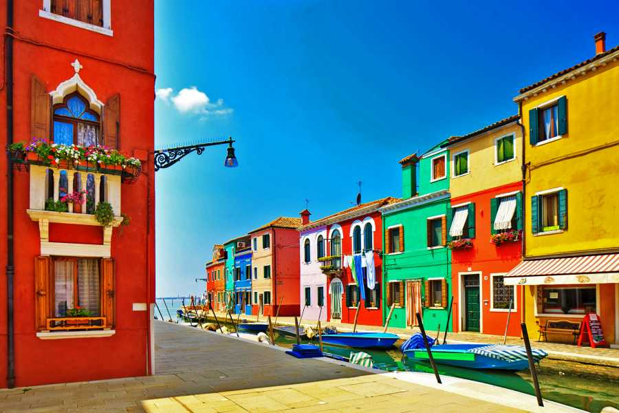 Venice Tours srl Private half day excursion to Murano and Burano island