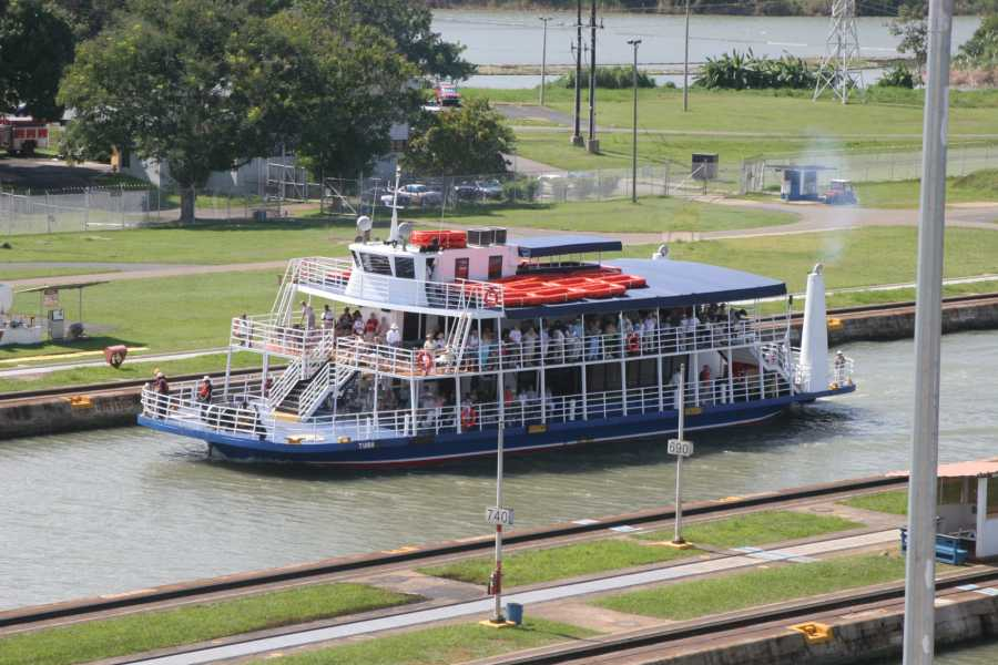 Canal & Bay Tours Viajeros Listos - Tour por el Canal