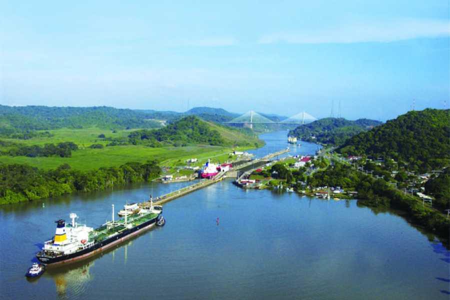 Canal & Bay Tours Viajeros Listos - De Océano a Océano