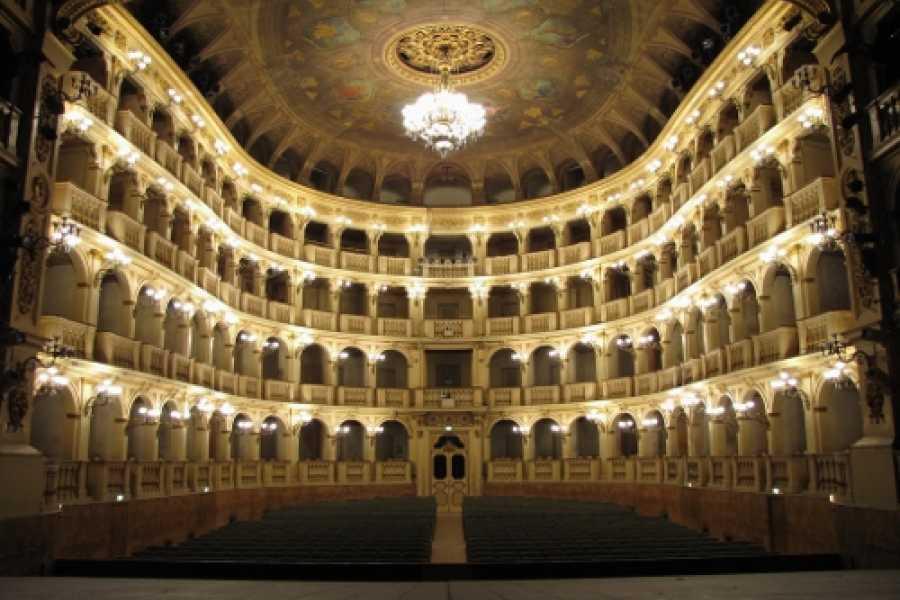 Bologna Welcome - Teatro Comunale TOUR OF TEATRO COMUNALE DI BOLOGNA - 2 MARCH 2019