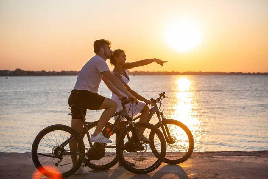 Visit Rimini Bike Tour in Notturna