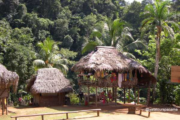 0086 Visit of Indigenuous Embera Village in Chagres National Park