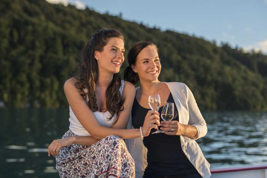 BLS AG, Schifffahrt Fajita Cruise on Lake Brienz