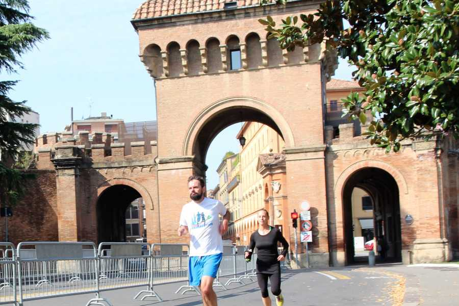 Bologna Welcome RUNNING TOUR: VIEWS AND GARDENS