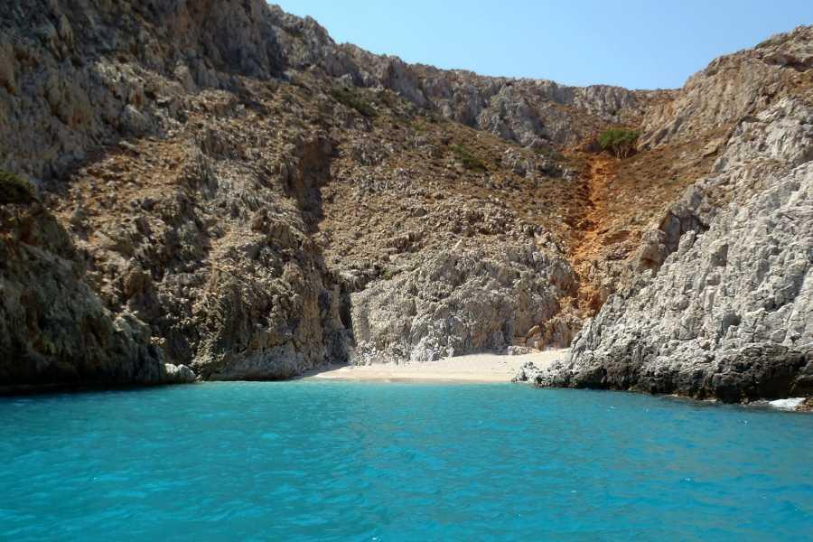 Grekaddict Half Day Private Speedboat Charter to Souda Bay in Crete