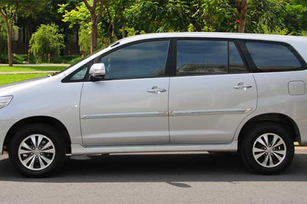 Viet Ventures Co., Ltd Hire car with driver from Ho Chi Minh City to Hue 7 days