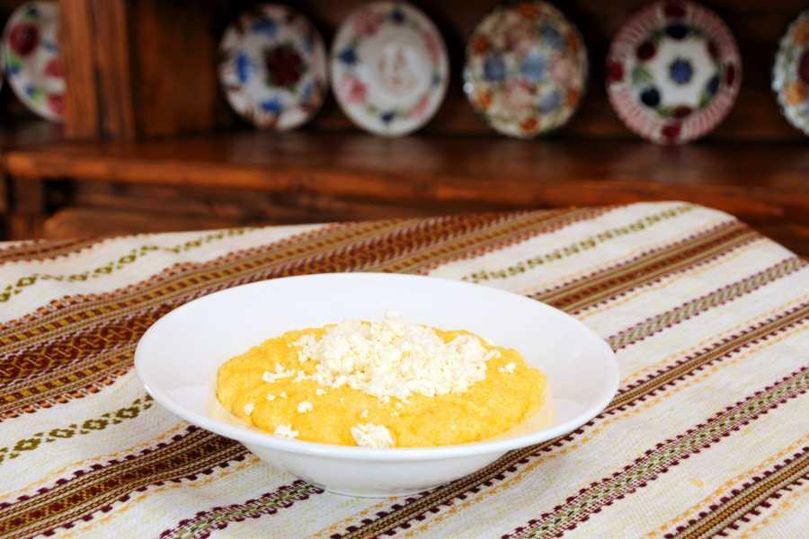 Aventour Master class in cooking Ukrainian Banosh
