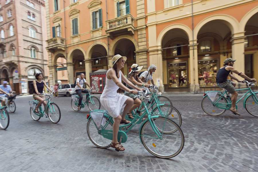 Bologna Welcome - Dynamo BOLOGNA CITY BIKE TOUR
