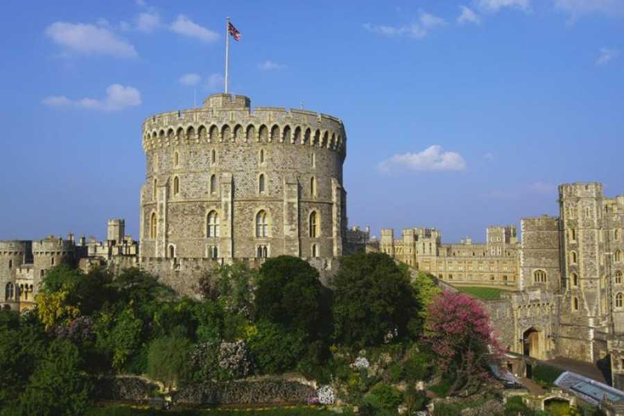 Halal Tourism Britain Windsor Castle & Afternoon Tea Cruise