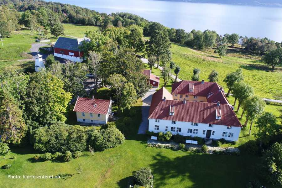 Travel like the locals Sogn & Fjordane Rundtur frå Florø til Svanøy
