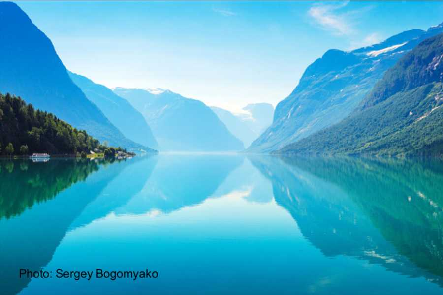 Travel like the locals Sogn & Fjordane Rundtur Sandane – Loen – Sandane