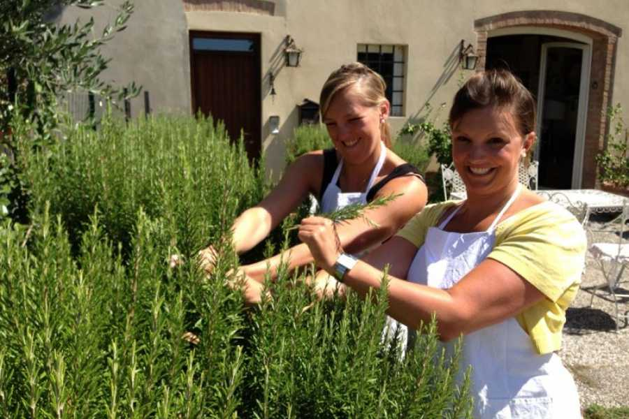 Tuscany on a Budget tours COOKING CLASS IN SAN GIMIGNANO