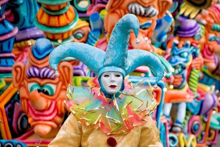 Bus2Alps AG Barcelona 2 Sitges Carnival