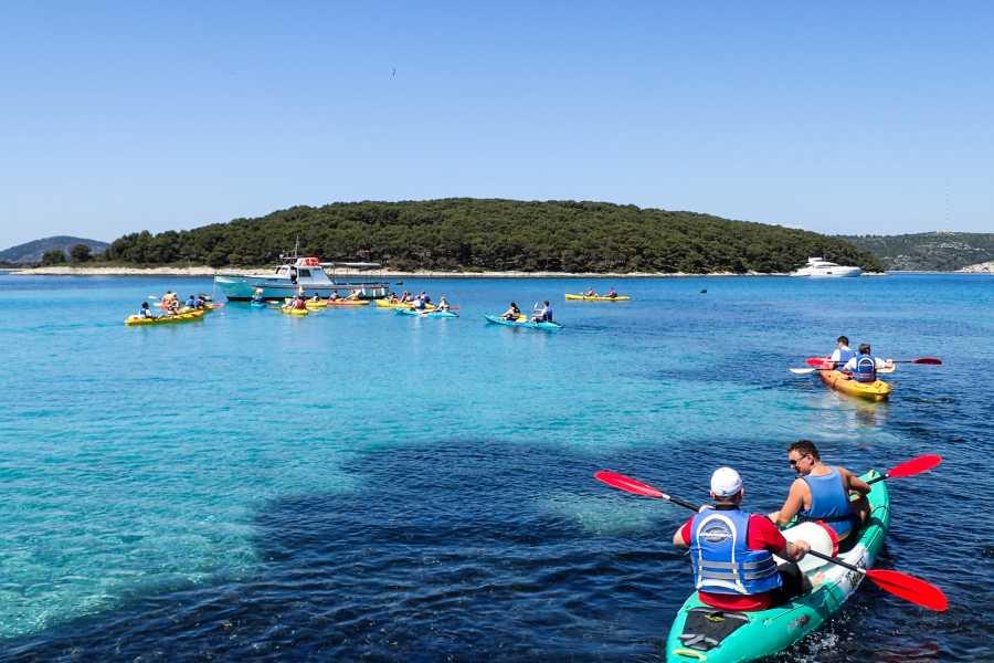 Aktivni Odmor Private SOT sea kayaking Pakleni islands