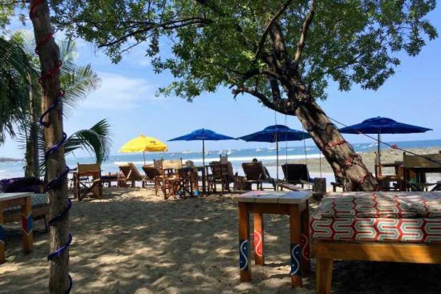 Tour Guanacaste Eat at Tamarindo Beach