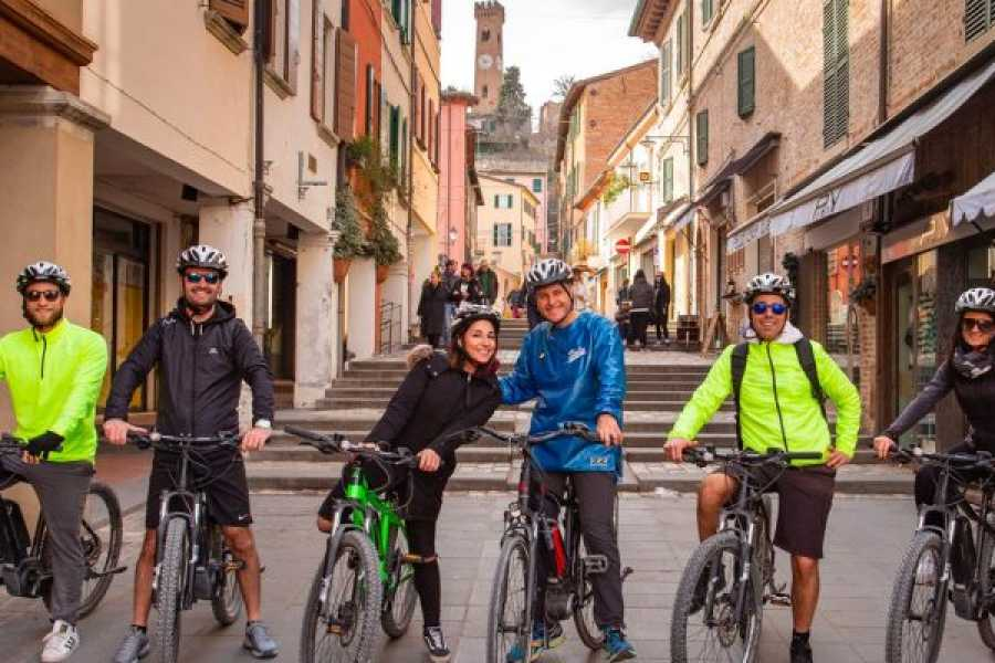 Rimini Reservation E-bike Tour in Santarcangelo