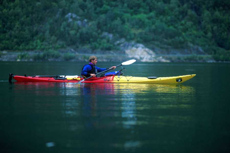 Norway Insight Paddle the spectacular Nærøyfjord