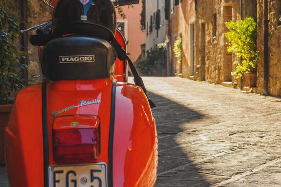 Lucca Adventure Sport Barga in Vespa