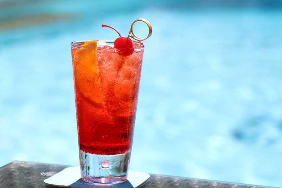 Turistico s.r.o. Mejores sitios para tomar un cocktail en Praga
