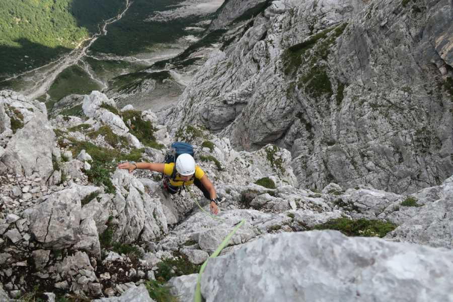 Turistično društvo in Center gorskega vodništva Severna stena Triglava: dolga nemška smer