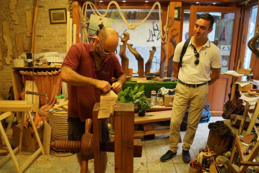 Venice Tours srl Meet gondola's craftsman: creation of the Forcola