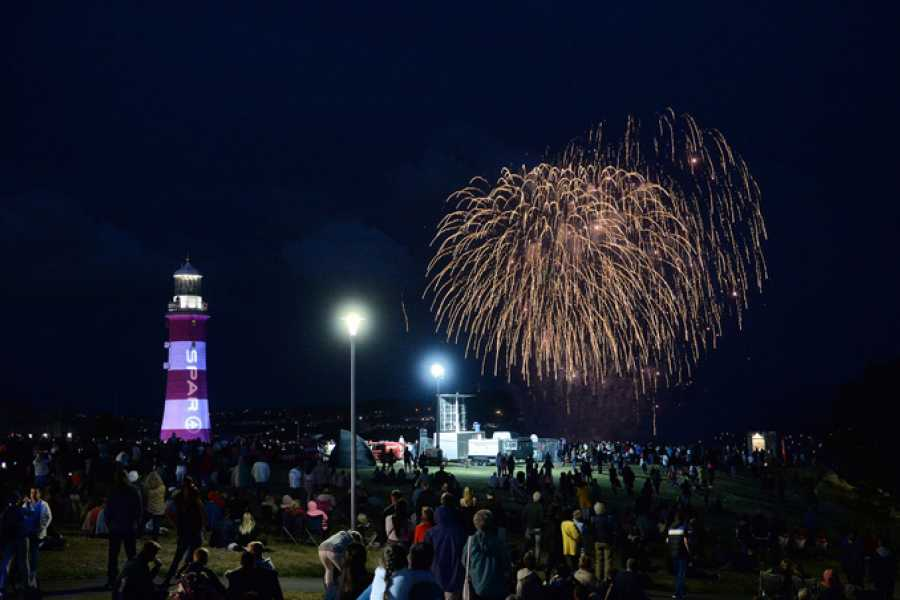 Oates Travel St Ives BRITISH FIREWORKS CHAMPIONSHIPS, PLYMOUTH. THURSDAY 15TH AUGUST