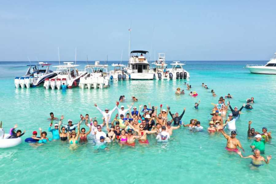 Marina Blue Haiti Dive and Dance Boat Party