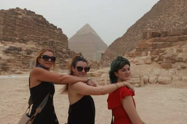 2 Days 2 Nights travel package covers the highlights of Cairo City