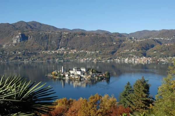 """12 days Northern Italian Lakes small group tour """"Majesty of the Italian Lakes"""""""