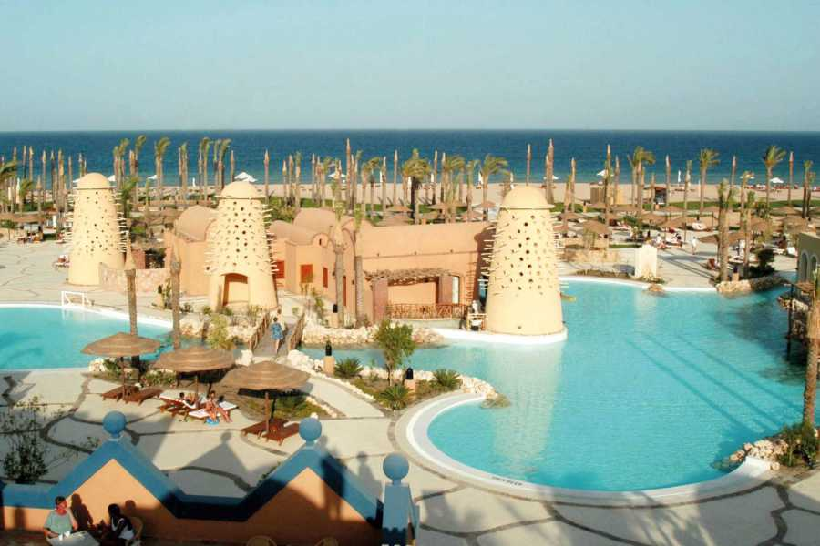 Excursies Egypte Private transfer from Makadi bay hotels to Marsa Alam Airport