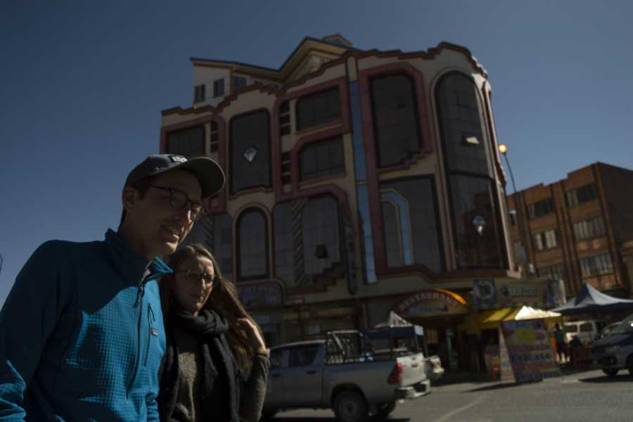 Red Cap City Walking Tours CHOLETS – The New Andean Architecture Tour