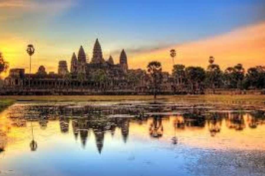OCEAN TOURS Essential Vietnam & Combodia