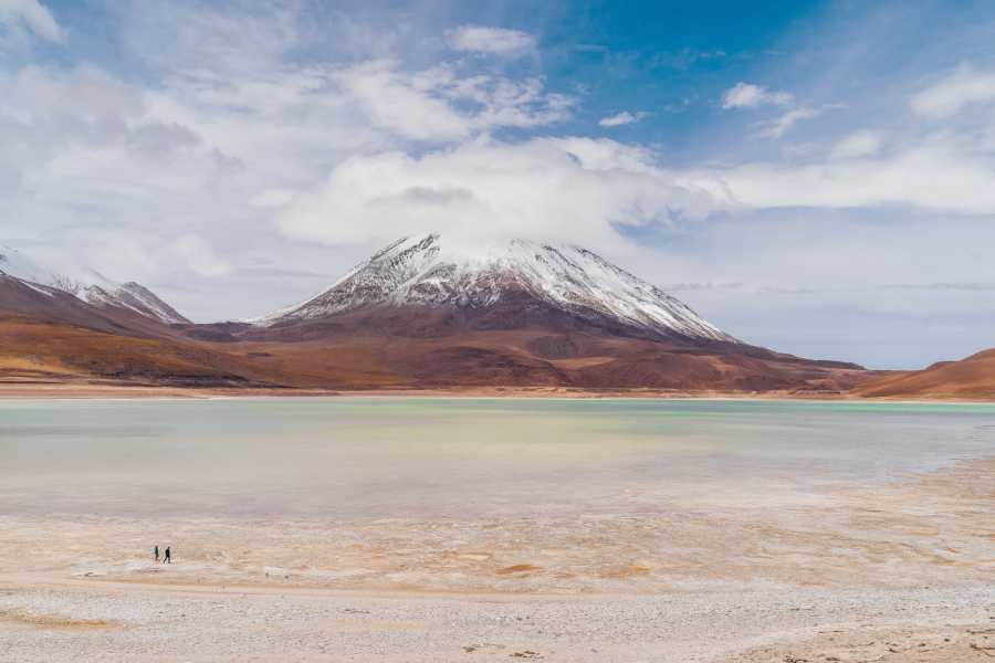 Uyuni Expeditions VULCÃO LICANCABUR DIA INTEIRO