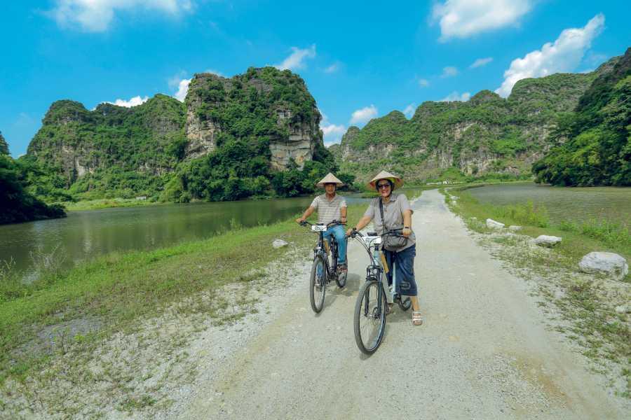 Friends Travel Vietnam 2D1N Mai Chau Pu Luong Ethnic Trail E-Bike ( Small Group)