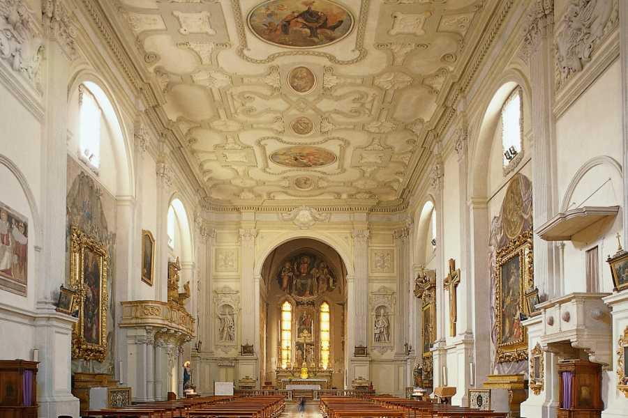 Visit Rimini Tour delle chiese di Rimini: Tra sacro e profano