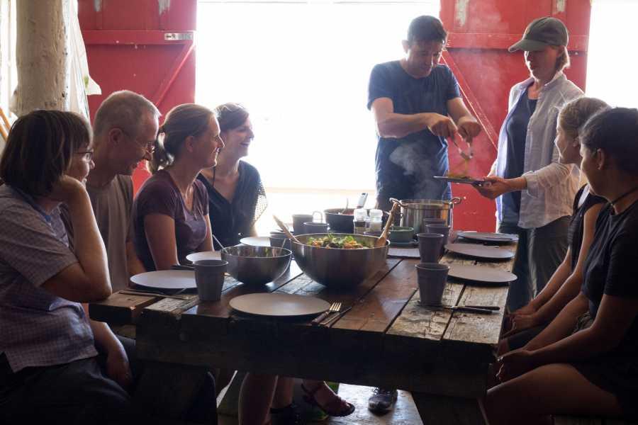 Runde Miljøsenter AS Fottur med tangsafari og matlaging 5 timar