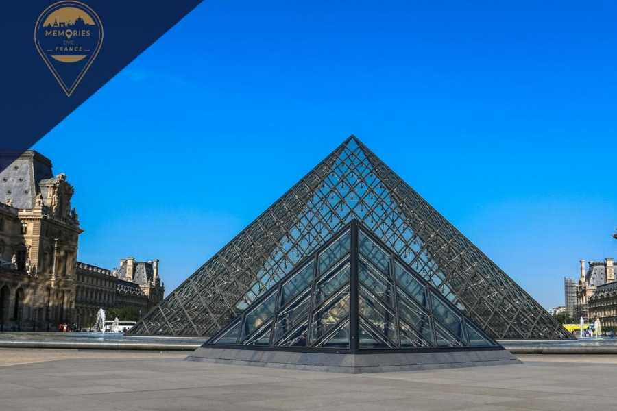 Memories DMC France Private 1.5 hour Louvre Museum Tour with Skip-the-Line