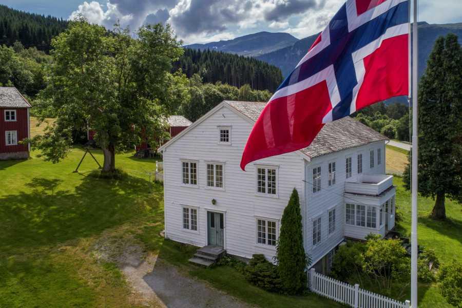 Romsdalsmuseet Omvisning Nesset Prestegard