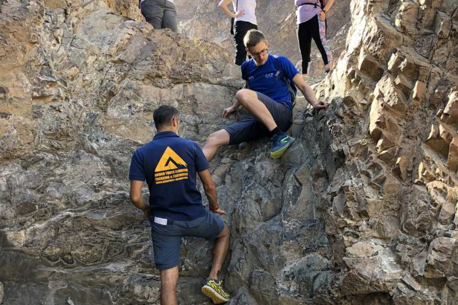 Adventurati Outdoor Finding Wonderland - Maze Hike - UAE