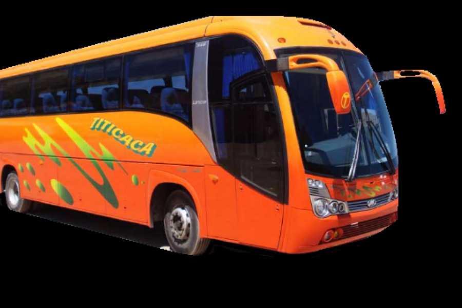 buhostours Bus Copacabana - La Paz