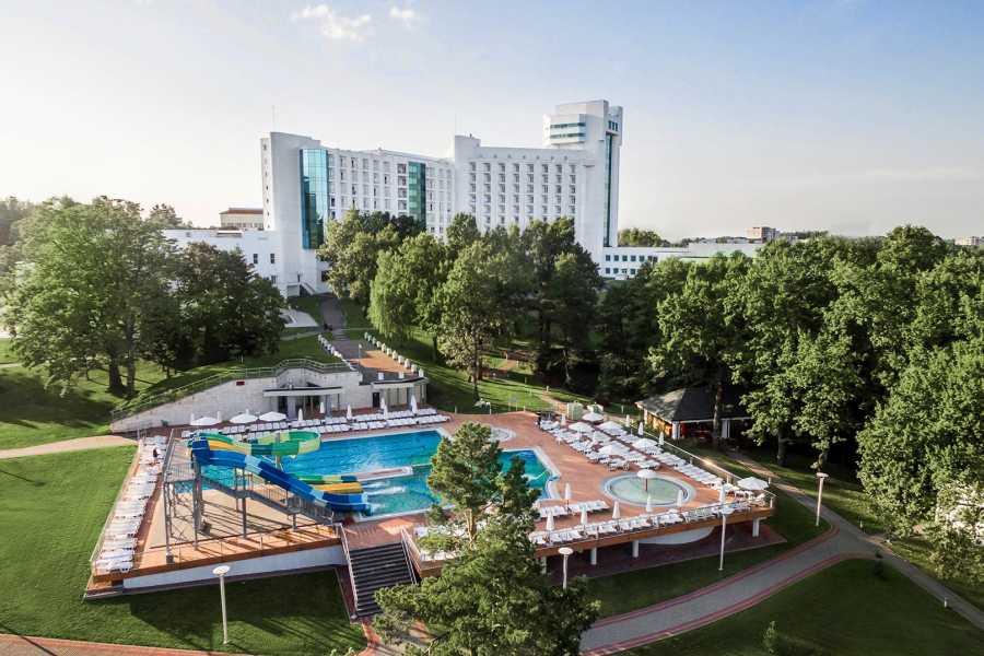 Aventour Rixos-Prykarpattya Resort Hotel