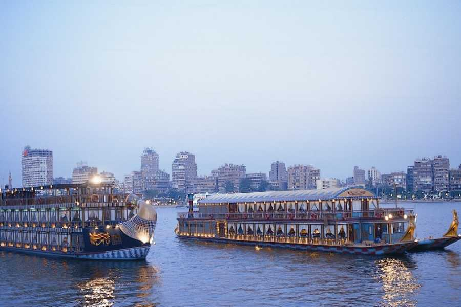 Deluxe Travel Nile Pharaoh Dinner Cruise