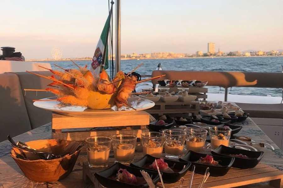 Visit Rimini Cena Fra Amici in Alto Mare