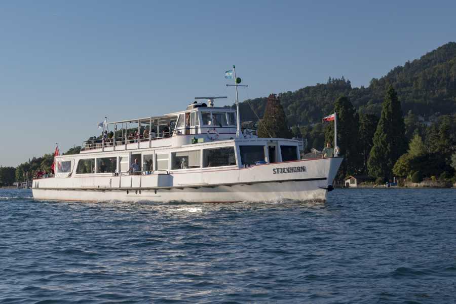 BLS AG, Schifffahrt Parade de la flotte sur le lac de Thoune - MS Stockhorn - avec menu