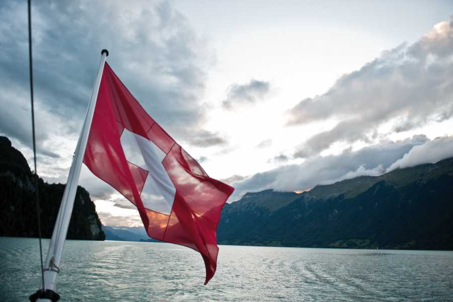 BLS Schifffahrt B2C Swiss National Day on Lake Brienz - with meal