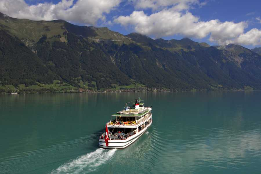 BLS AG, Schifffahrt Swiss National Day on Lake Brienz - with meal